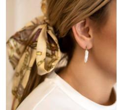 Kolczyki z naturalną podłużną perłą
